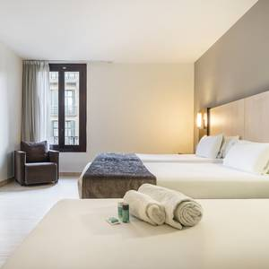 Chambre accessible Hotel ILUNION Almirante Barcelone